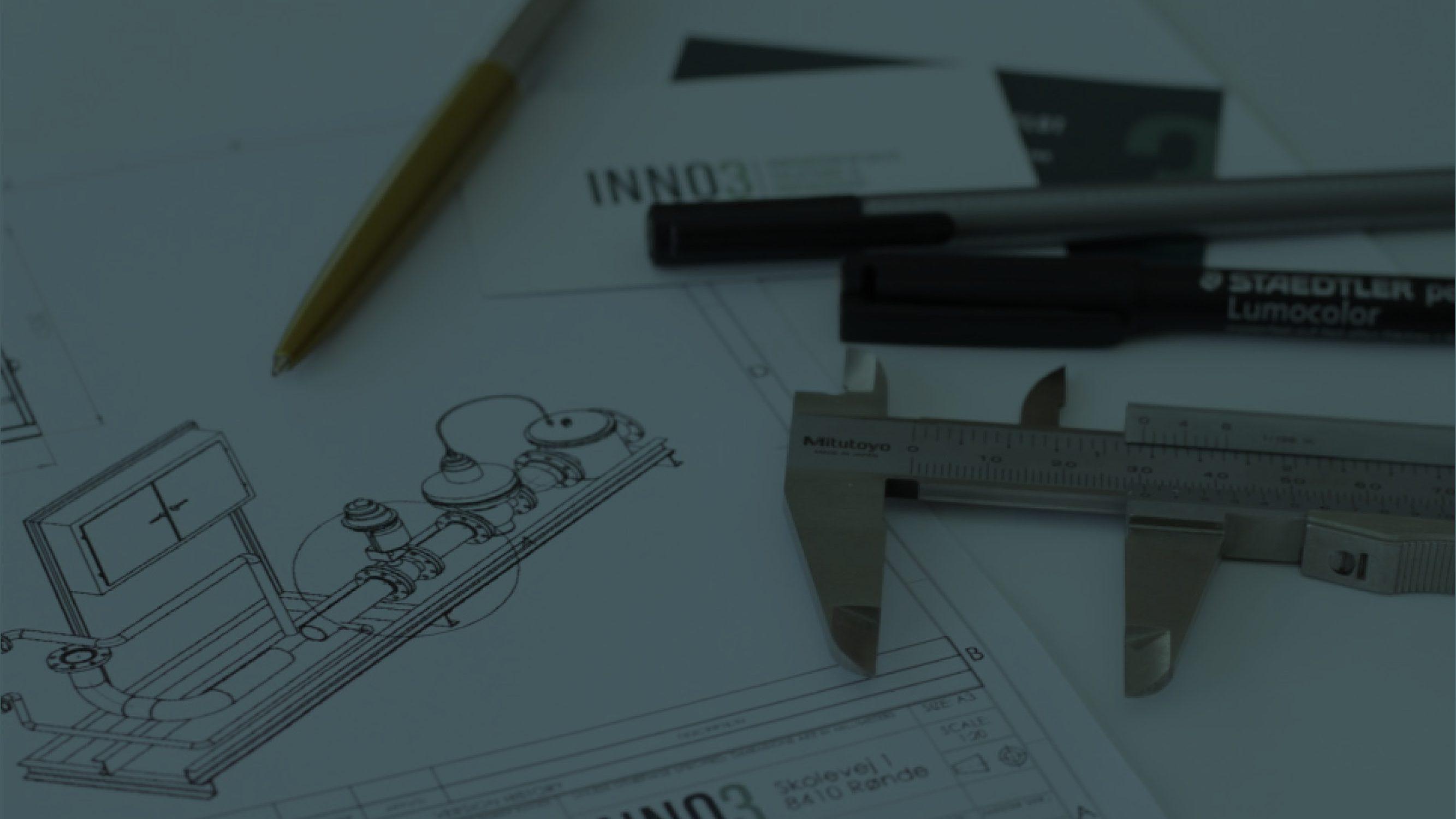 Inn03 ingenørers skrivebord
